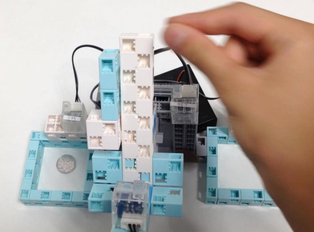 コイン識別ロボット